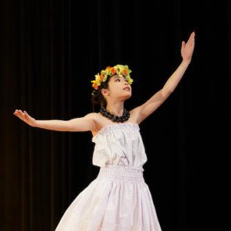 【行 事】ダンス部・フラダンス同好会 第1回合同公演会開催